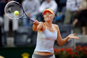 María Sharapova avanza en Roma