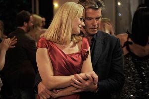 Pierce Brosnan cumple a 60 años con estreno fílmico en puerta (Video)