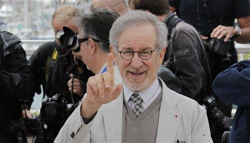 Spielberg critica las campañas para seleccionar Oscar
