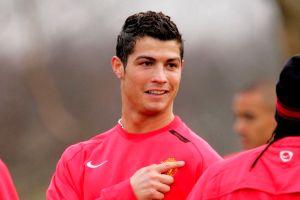 Afición del ManU hace colecta por regreso de Cristiano (Video)