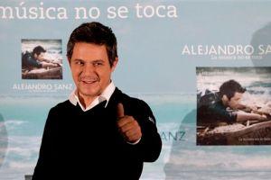 Alejandro Sanz arrasa en premios Oye!