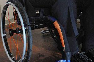 Escondía cocaína en tubos de dos sillas de ruedas