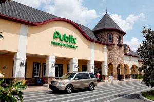 Sospechan que cientos de empleados del supermercado Publix podrían estar contagiados de coronavirus