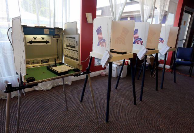 Cedillo y Gardea atraen a pocos votantes en LA