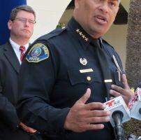 Tres hombres acusados por robar en banco de LA
