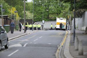 Soldado muere en brutal ataque a machetazos en Londres (video)