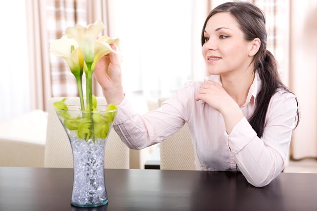 Las flores son bellas, pero también dan una atmósfera de bienestar a tu casa.