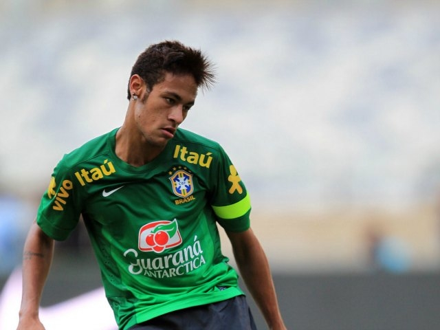 Santos acepta ofertas por Neymar
