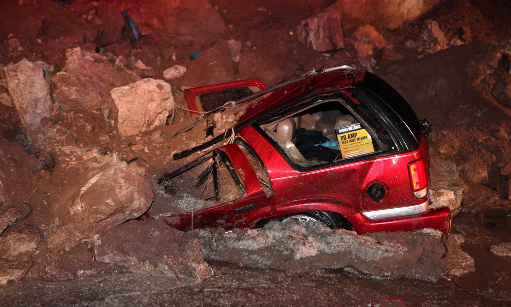 Dos graves accidentes marcaron ayer al estado de Hildalgo en el centro de México.