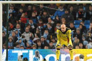 Pepe Reina reitera que no hay nada serio con el Barcelona