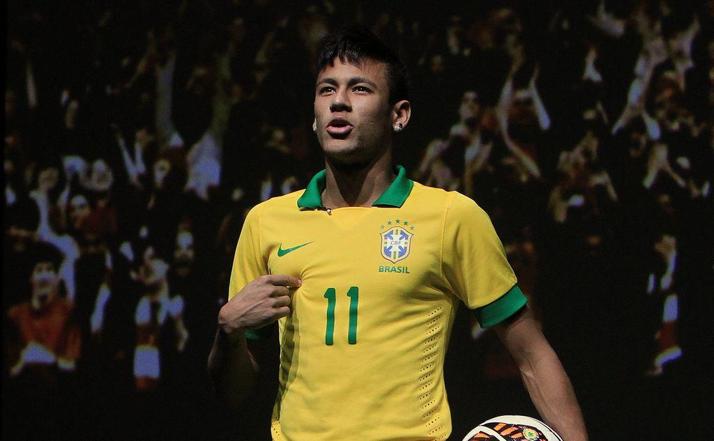 Neymar está a punto de aterrizar en Cataluña para su aventura con los blaugranas.