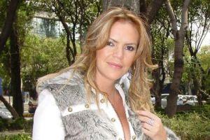 "Aline Hernández se fisura en ensayo de ""México baila"""