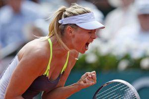 Sharapova avanza a semifinales en París
