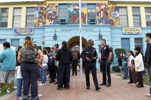 LAUSD ofrece $17 millones a supuestas víctimas de abuso de Miramonte