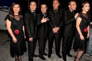 Los Ángeles Azules arrasan con nuevo disco en México (video)