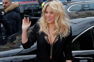 "Shakira es oficialmente ""casi un genio"""