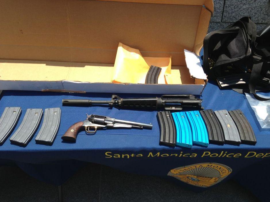 Mujer en condición crítica tras tiroteo en Santa Mónica