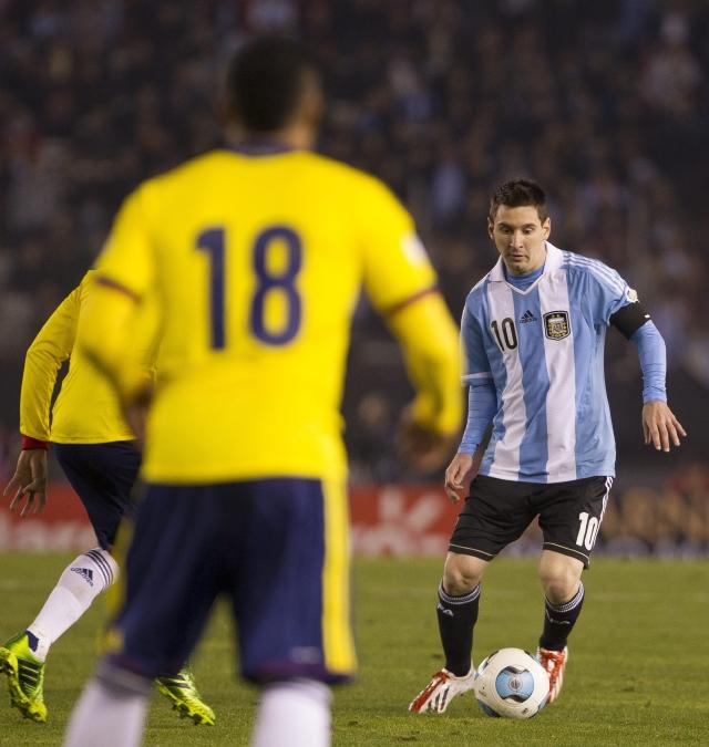 Messi entrena con Argentina