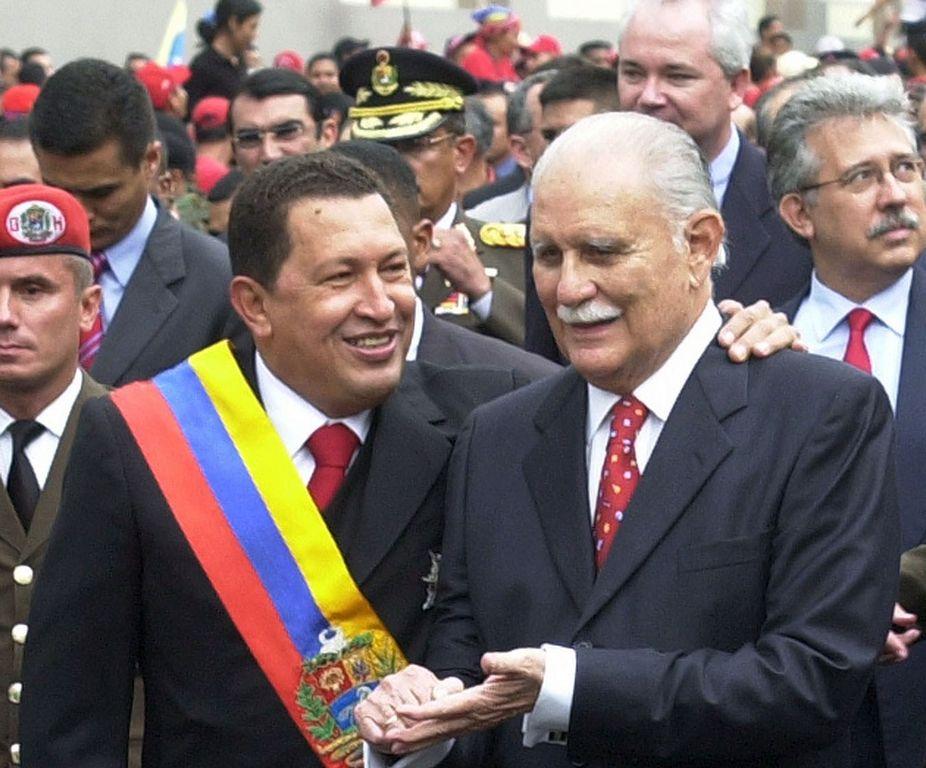 José Vicente Rangel (der.), fue vicepresidente de Venezuela durante el mandato del presidente Hugo Chávez.