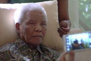 Nelson Mandela pasa segunda noche en hospital
