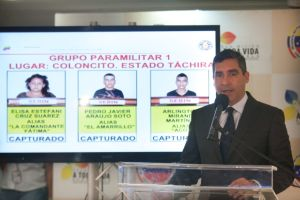 Maduro  denuncia  conspiración