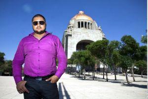 Jorge Santacruz revoluciona los corridos mexicanos