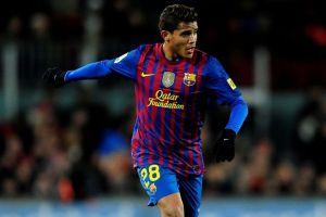 Jona Dos Santos tiene un pie fuera de Barcelona