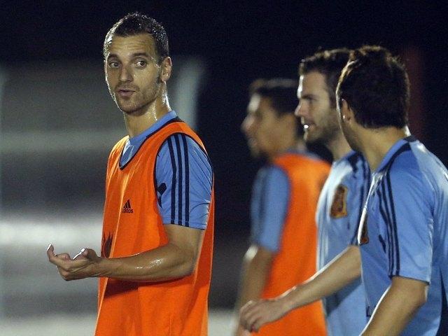 Del Bosque vuelve a entrenar con Soldado como titular