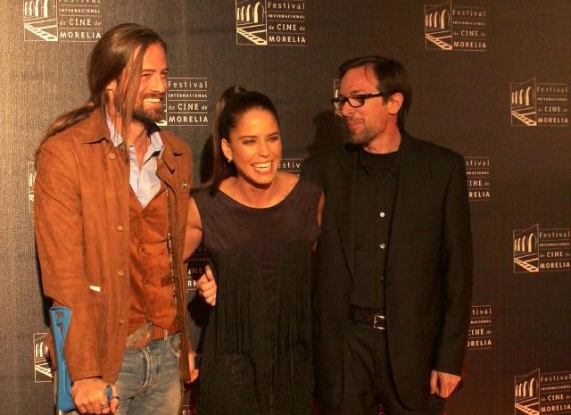 """El actor William Miller, la actriz Ana Claudia Talancón y el director Emilio Barrachina trabajaron en la cinta """"La venta del paraíso"""" que se presenta en el Festival Internacional de Cine de Nueva York."""