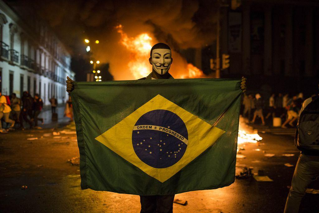 """""""Indignados"""" extienden sus protestas por todo Brasil (fotos)"""