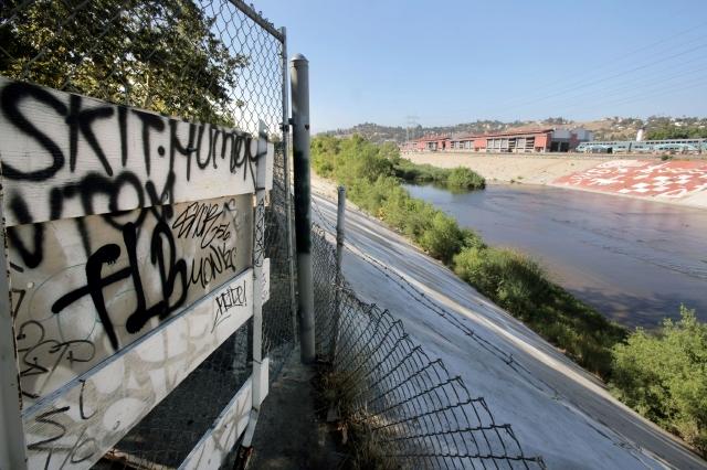 Autoridades de LA restringirían pandillas en Echo Park (fotos)