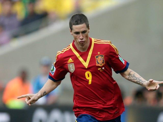 España vapulea 9-0 a Tahití y Torres lleva cuatro