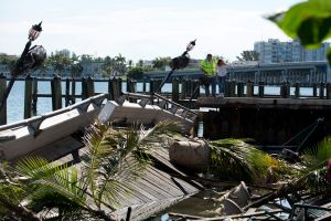 Pareja demanda al bar que se hundió en Miami
