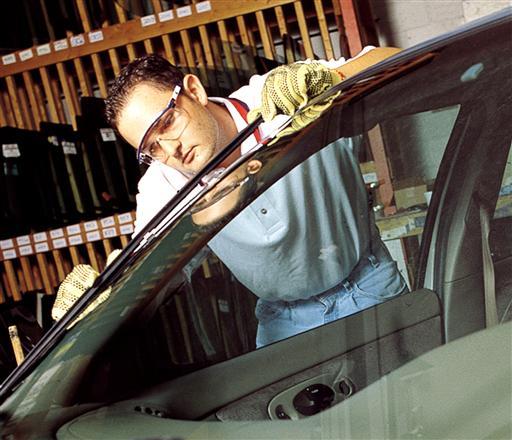 El uso de adhesivos en los autos podría aumentar en el futuro