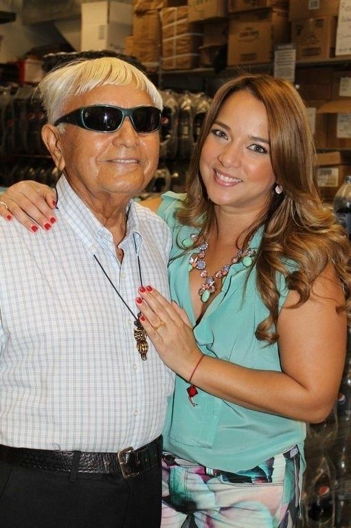 Adamari López adora a su padre Luis.