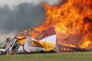 En Ohio, accidente en exhibición aérea deja dos muertos  (Video)