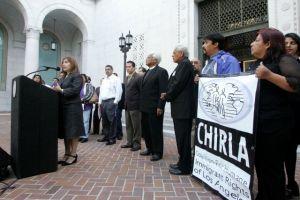 Villaraigosa se alejó de la comunidad inmigrante en LA