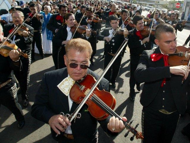 Copa Oro quiere Imponer Récord Guiness de serenata
