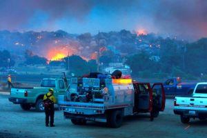 Hijo de bombero de LA entre muertos en Arizona
