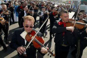 Se buscan 600 mariachis para el Rose Bowl