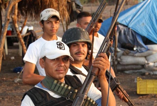 Reportaje Especial: Paisanos libran guerra contra templarios en Michoacán