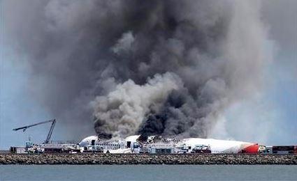 Avión impactado en San Francisco intentó no aterrizar
