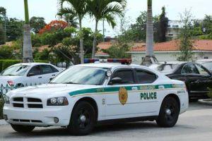 """Policía de Miami incurrió en """"uso excesivo"""" de la fuerza"""