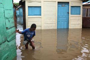 Alerta epidemiológica en Dominicana tras paso de Chantal
