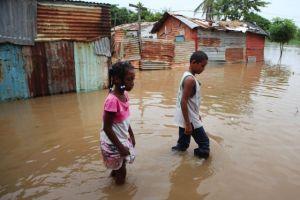 Chantal se fue pero Dominicana sigue en alerta (fotos)