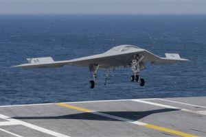 Video del día: 'Drone' aterrizó sobre portaaviones