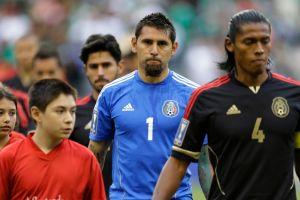 Prensa mexicana sigue crítica a pesar de triunfo tricolor