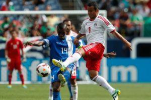 El Tri vence 2-1 a Martinica; juegan el segundo tiempo