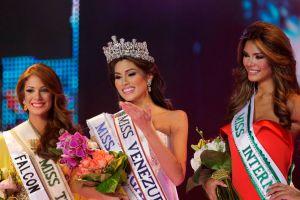 """Miss Venezuela se revela en """"reality"""""""