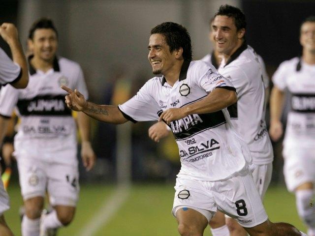 Olimpia toma ventaja en la final de la Libertadores (Fotos)
